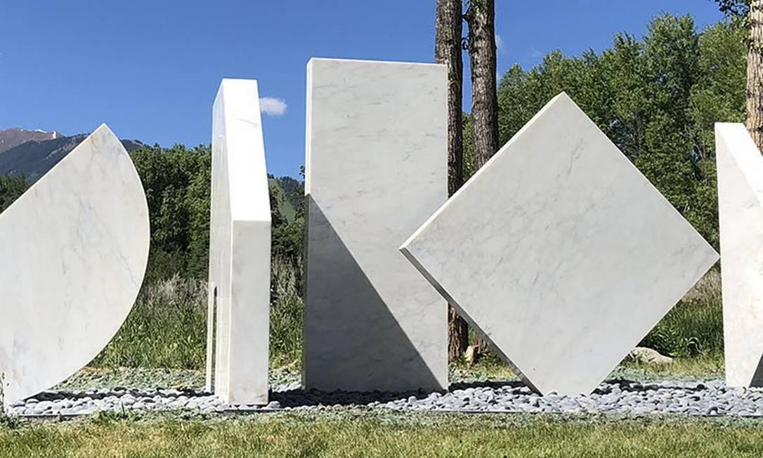 """A escultura """"Anaconda"""", de Herbert Bayer Foto: Reprodução"""