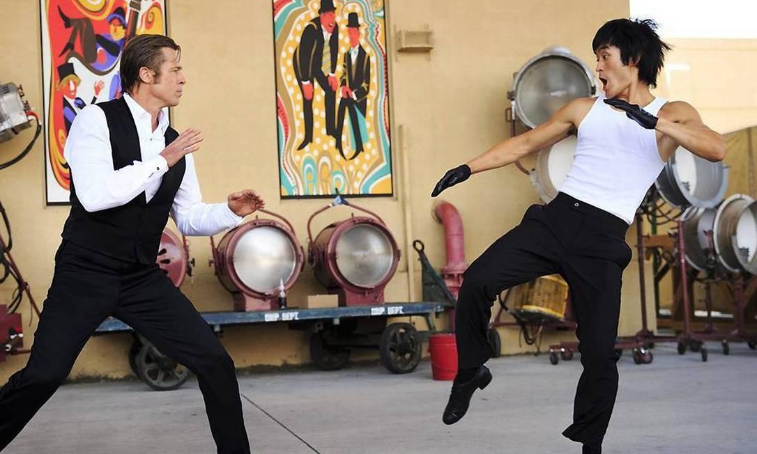 Brad Pitt e Mike Moh em 'Era uma vez em... Hollywood' Foto: Divulgação