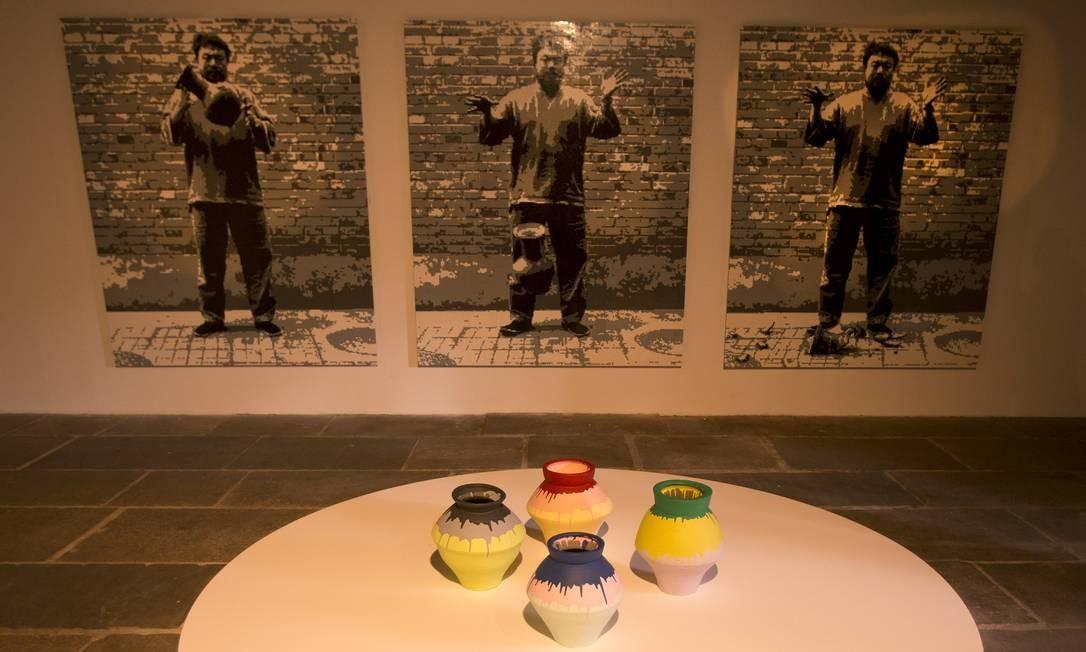 """Obras da exposição """"Raiz"""", de Ai Weiwei, no CCBB Foto: Antonio Scorza / Agência O Globo"""