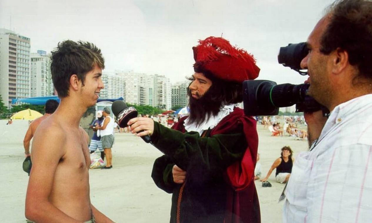 """Em 2000, Leal se fantasiou de Pedro Álvares Cabral para participar do programa de TV """"Zapping"""" Foto: Divulgação"""