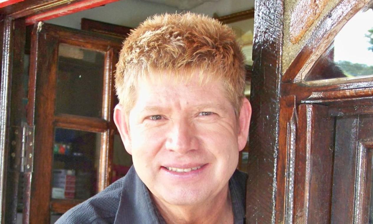 Roberto Leal posa para foto, em 2012 Foto: Divulgação