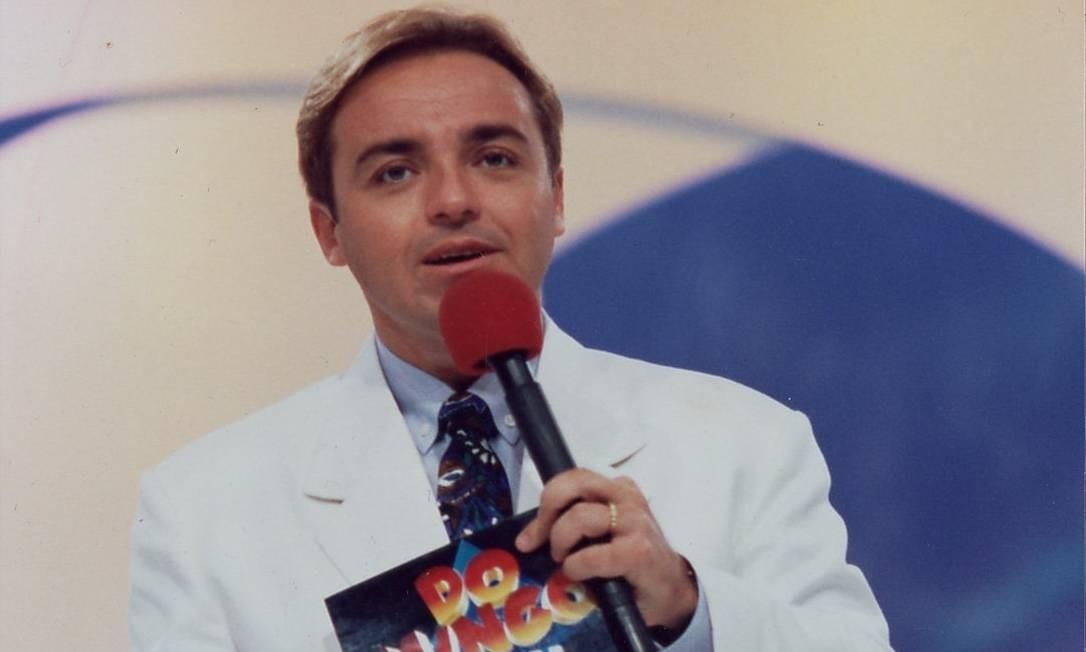 Gugu Liberato, à frente do 'Domingo legal', do SBT, em 1996: auge da carreira Foto: Divulgação