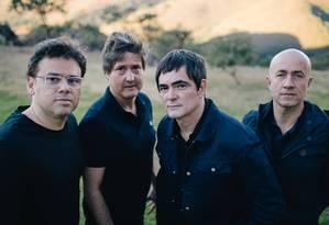 O quarteto mineiro Skank: a partir da esquerda, Lelo Zaneti (baixo), Samuel Rosa (guitarra e voz), Henrique Portugal (teclados) e Haroldo Ferretti (bateria) Foto: Divulgação