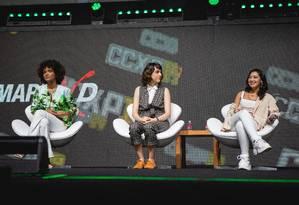 Elenco de 'As Five' em painel da CCXP, em São Paulo: série derivada de 'Malhação' estreia em janeiro Foto: Diego Padilha / I Hate Flash