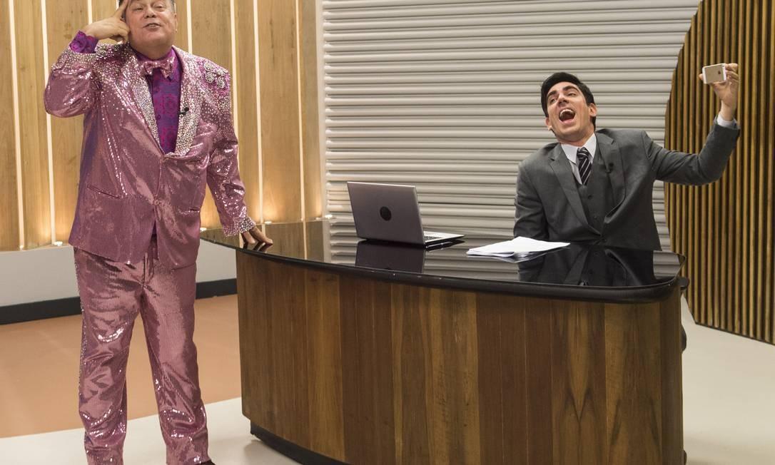 "Participação de Milton Cunha no humorístico ""Tá no ar"", ao lado de Marcelo Adnet Foto: Mauricio Fidalgo / Agência O Globo"