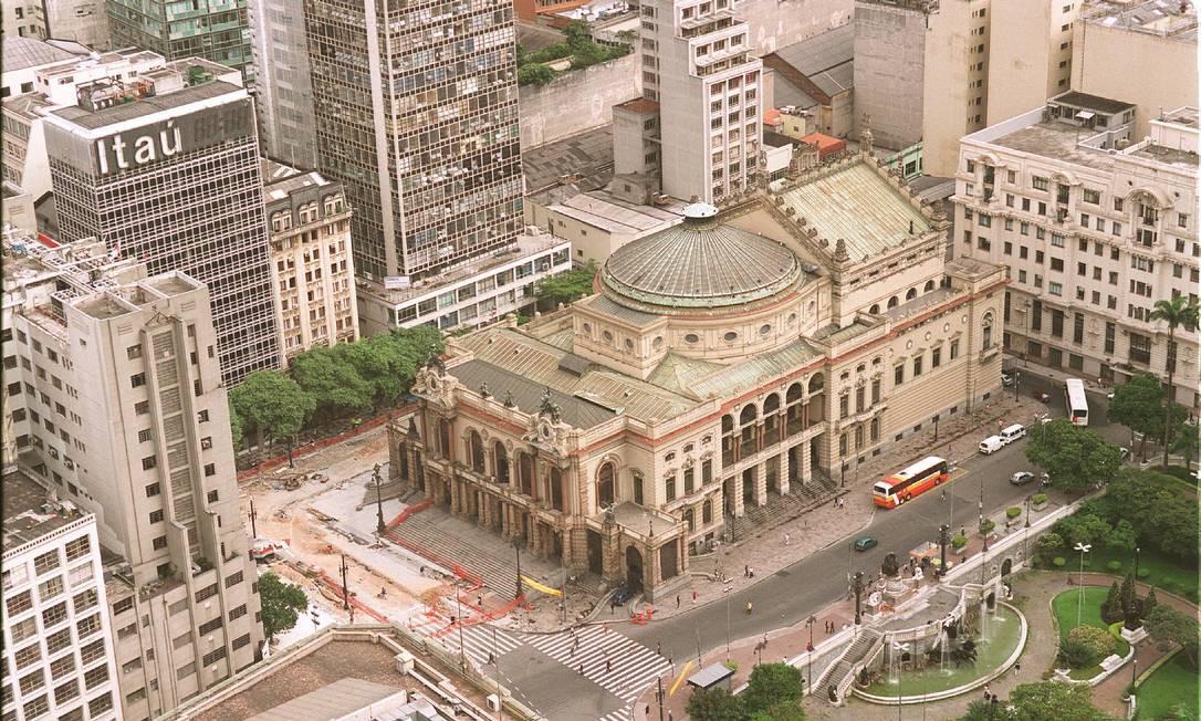 O Theatro Municipal de São Paulo informa que as duas estão internadas e com quadro estável Foto: Arquivo
