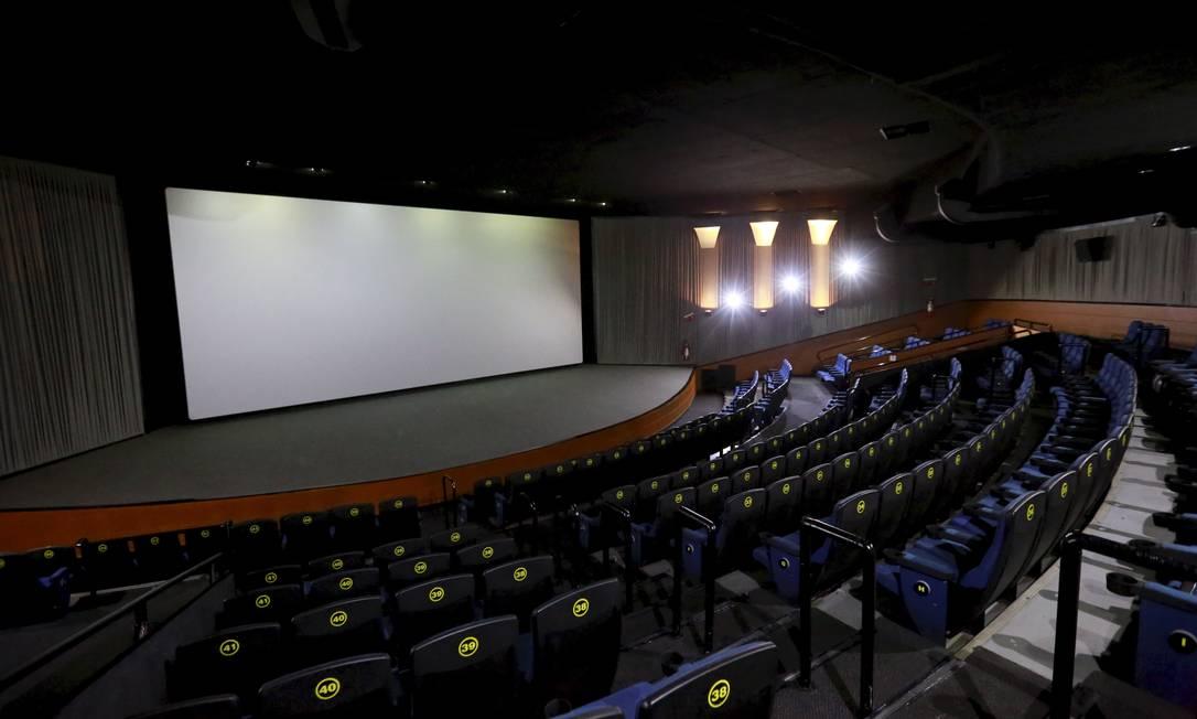 Faturamento zero é inédito na história do cinema no Brasil, diz o site Filme B Foto: Marcos Ramos / Agência O Globo