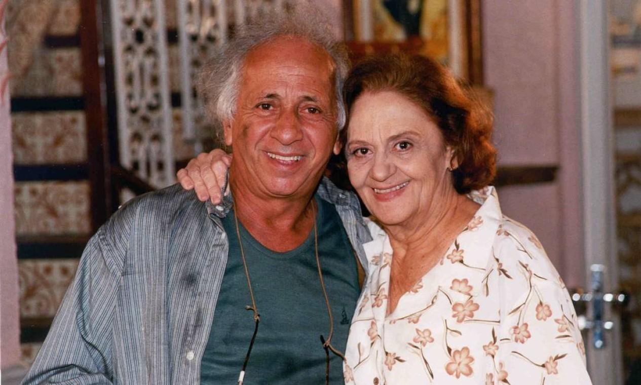 Com Laura Cardoso, durante as gravações de 'Vila madalena', novela de 1999 Foto: Nelson Dirago TV Globo