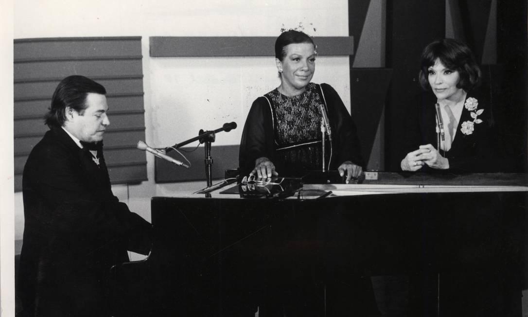 Tom Jobim, Elizeth Cardoso e Bibi Ferreira, na TV Globo, em 1978 Foto: Agência O GLOBO