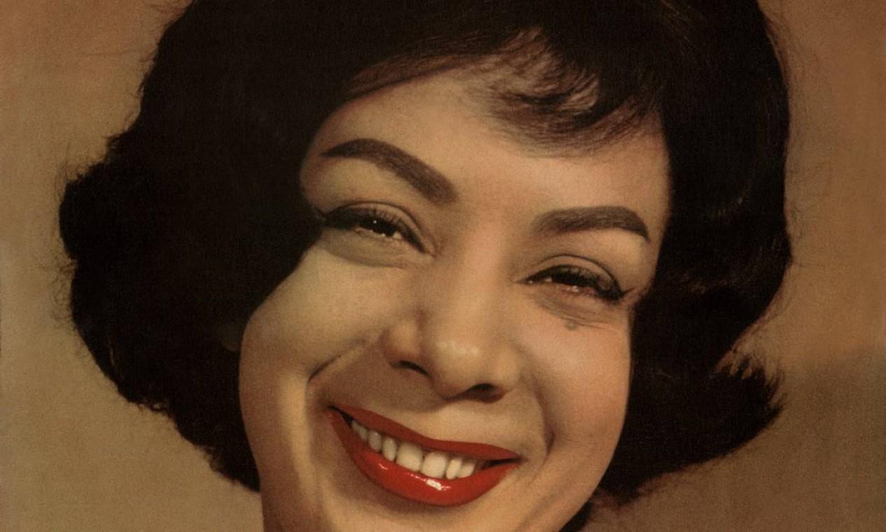 """""""A meiga Elizeth nº2"""" (1962) traz o êxito """"Deixa andar"""" (Jujuba) e temas de Tito Mati e Haroldo Barbosa. Foto: Divulgação"""