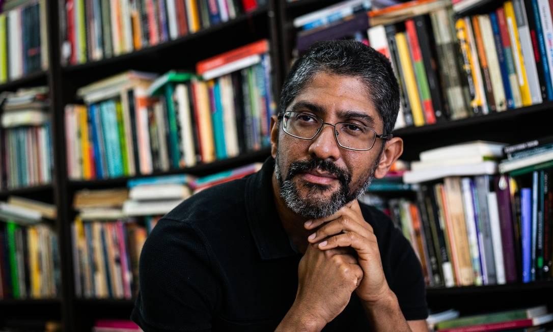 """O escritor Jeferson Tenório, que lança o romance """"O avesso da pele"""" Foto: Carlos Macedo / Divulgação"""