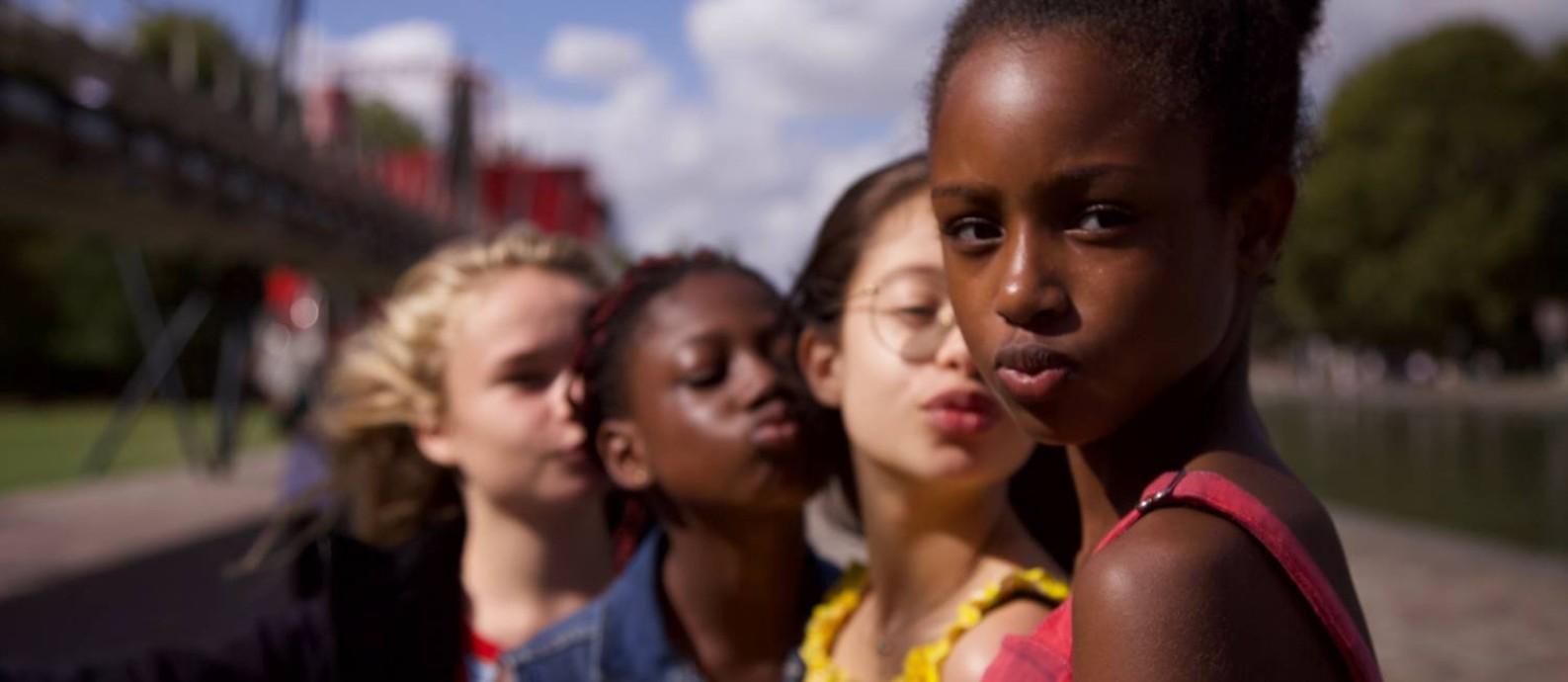 'Lindinhas': lançado na quarta-feira (9) pela Netflix, filme francês virou pivô de polêmica sobre sexualização de crianças Foto: Divulgação