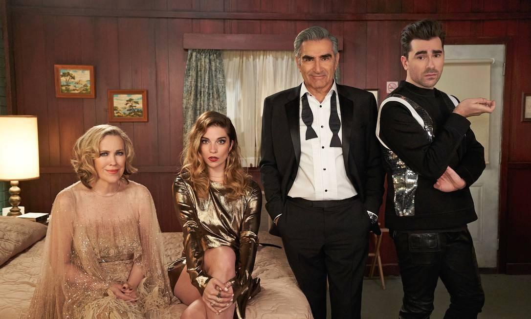 'Schitt's Creek': pouco conhecida do público brasileiro, série canadense venceu sete Emmy Awards Foto: Pop TV