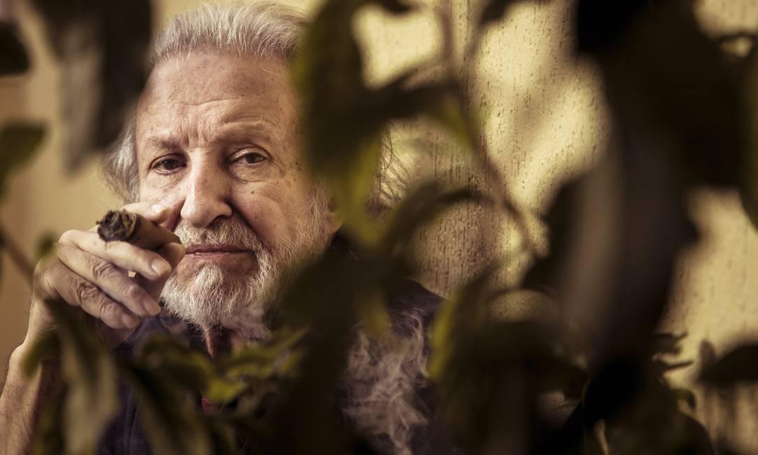 Ruy Guerra, premiado com a melhor direção do 48º Festival de Cinema de Gramado, pelo longa 'Aos pedaços' Foto: Leo Martins