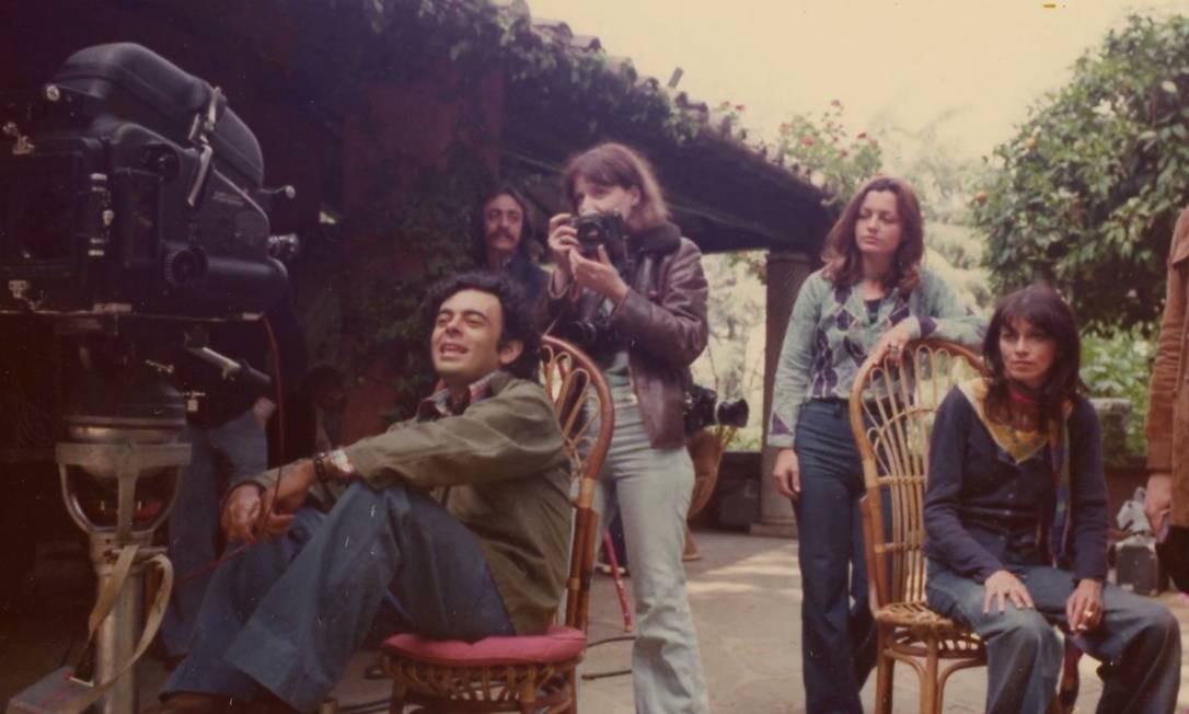 Glauber Rocha no set de 'Claro', filme rodado em Roma, em 1975 Foto: Divulgação