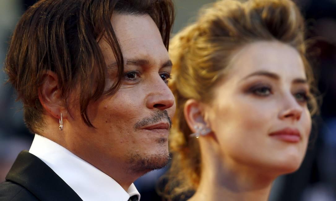 Johnny Depp e Amber Heard no tapete vermelho do Festival de Veneza de 2015 Foto: Stefano Rellandini / REUTERS