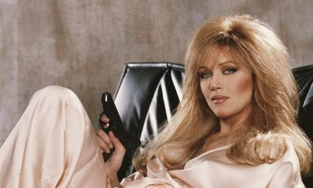"""Tanya Roberts como a 'Bond girl Stacey Sutton, em """"007 — Na mira dos assassinos"""" (1985) Foto: Reprodução"""