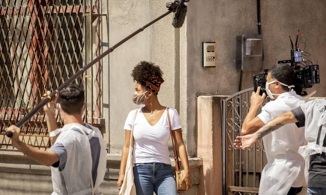 Intérprete de Camila, a atriz Jéssica Ellen grava cenas de 'Amor de mãe' Foto: João Cotta / TV Globo