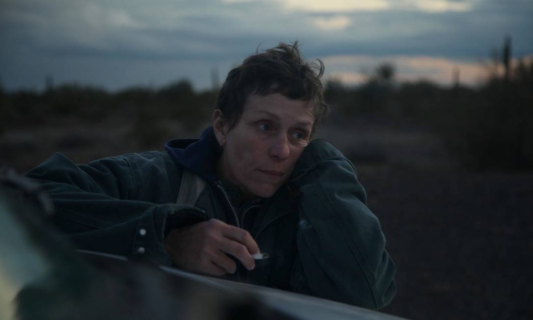 Frances McDormand em cena de 'Nomadland', Chloé Zhao: vencedor do Globo de Ouro disputa estatueta de melhor filme Foto: Joshua James Richards