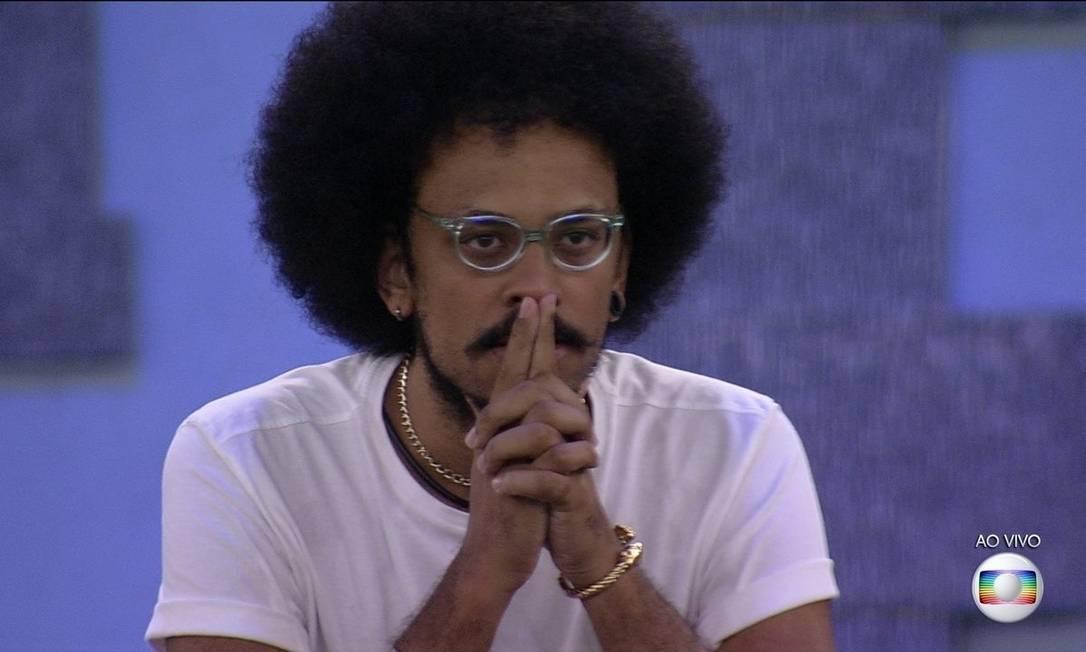 João Luiz no Jogo da Discórdia: família ficou comovida com desabafo do participante Foto: TV Globo / Reprodução
