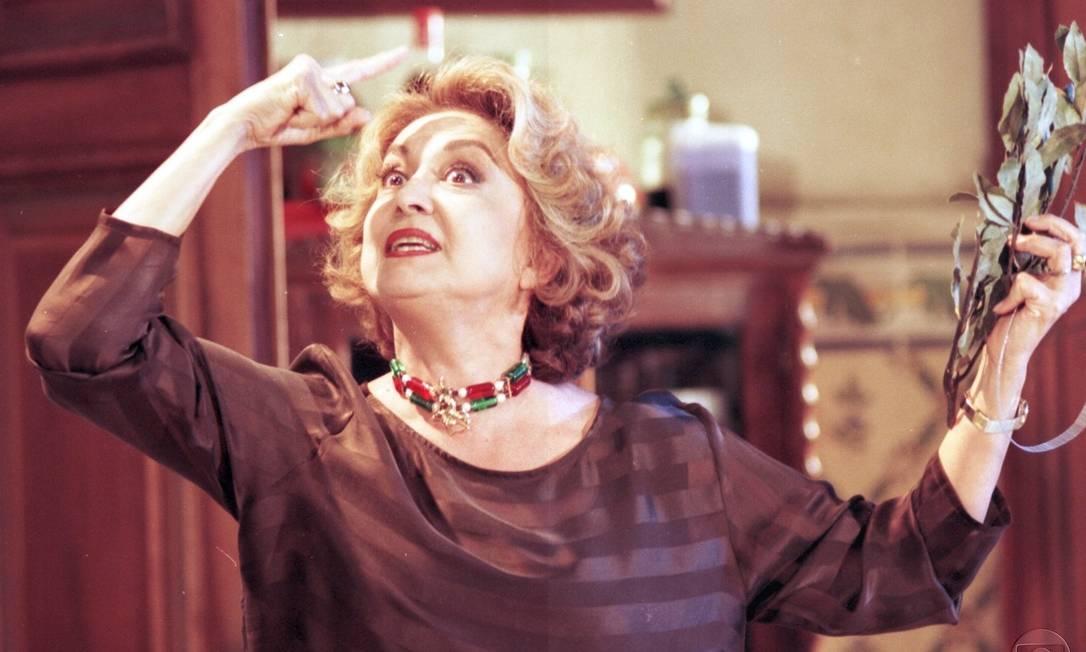 Eva Wilma em cena da novela 'A indomada' (1997): atriz deu vida à vilã Maria Altiva Pedreira de Mendonça e Albuquerque Foto: Rede Globo
