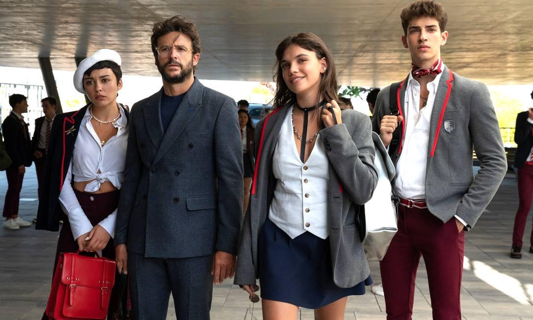 Ari, Benjamín, Mencía e Patrick são alguns dos novos personagens de 'Elite' na quarta temporada Foto: NIETE/NETFLIX / NIETE/NETFLIX