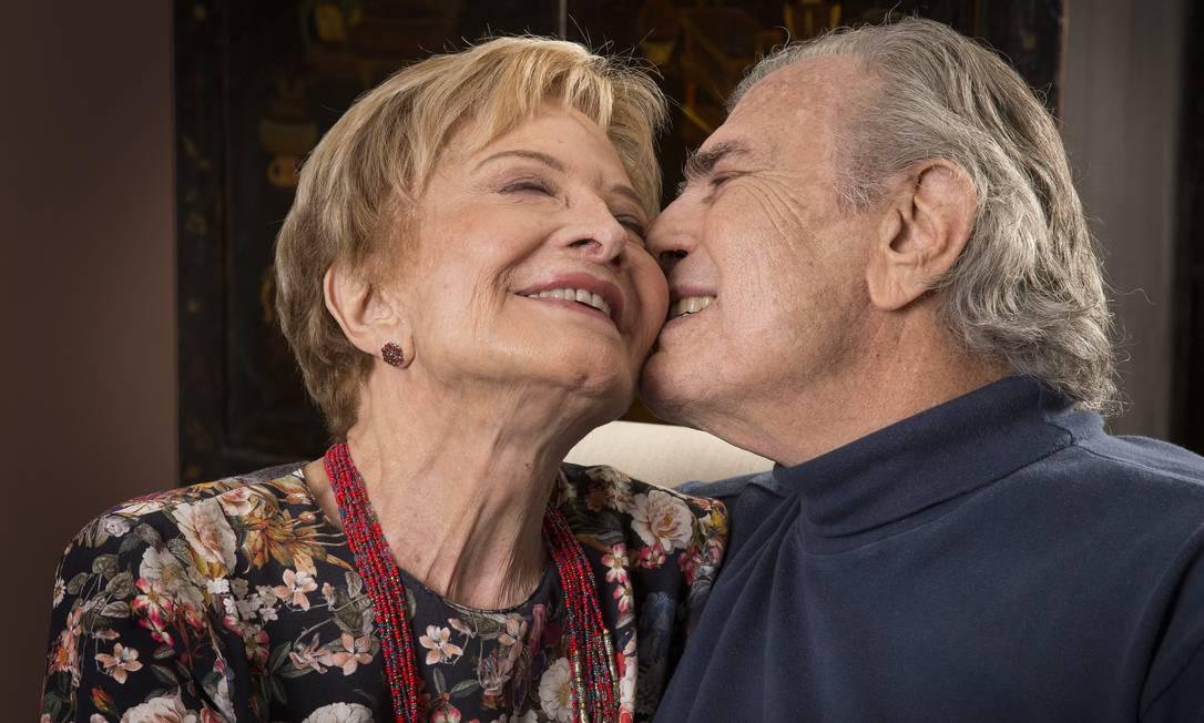 A atriz Glória Menezes e o marido Tarcísio Meira, em 2015 Foto: Paulo Vitale / Agência O Globo