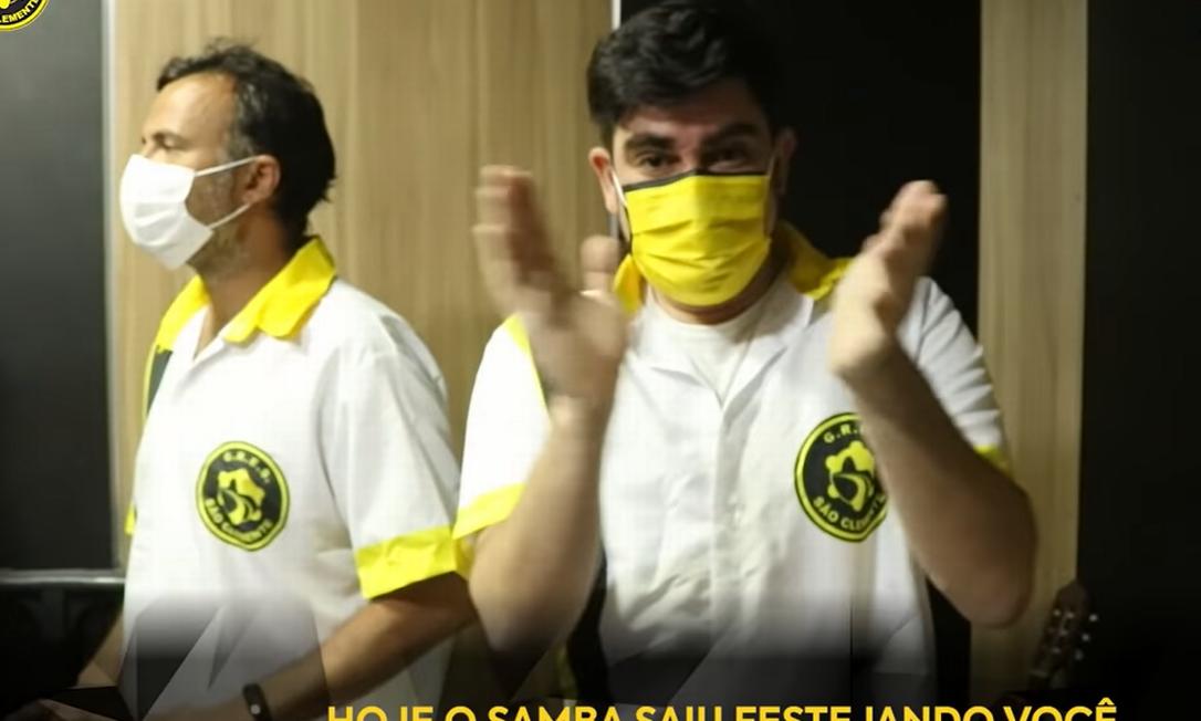 Marcelo Adnet é um dos compositores do samba que homenageia Paulo Gustavo: letra disputa samba-enredo da São Clemente Foto: Reprodução / YouTube