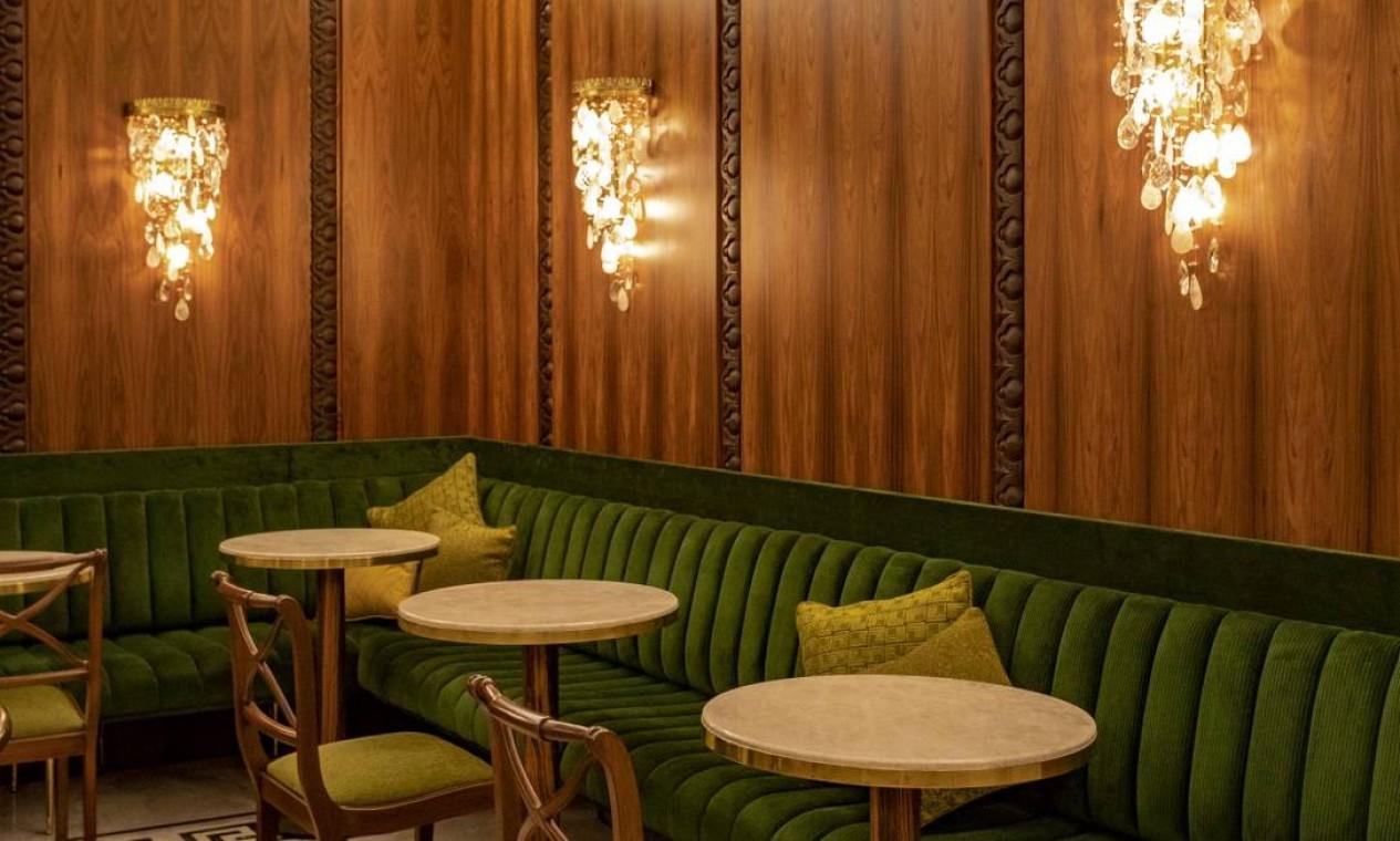 Uma das áreas do café do Teatro Copacabana Palace Foto: Ana Branco / Agência O Globo
