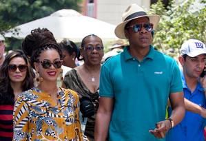 Beyoncé e Jay-Z caminham em Havana, Cuba Foto: Ramon Espinosa / AP