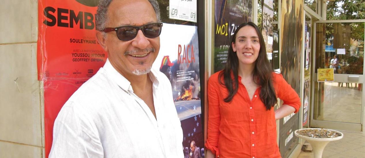 O brasileiro Joel Zito Araújo e a americana Megan Mylan, diretores de 'Raça' Foto: Divulgação