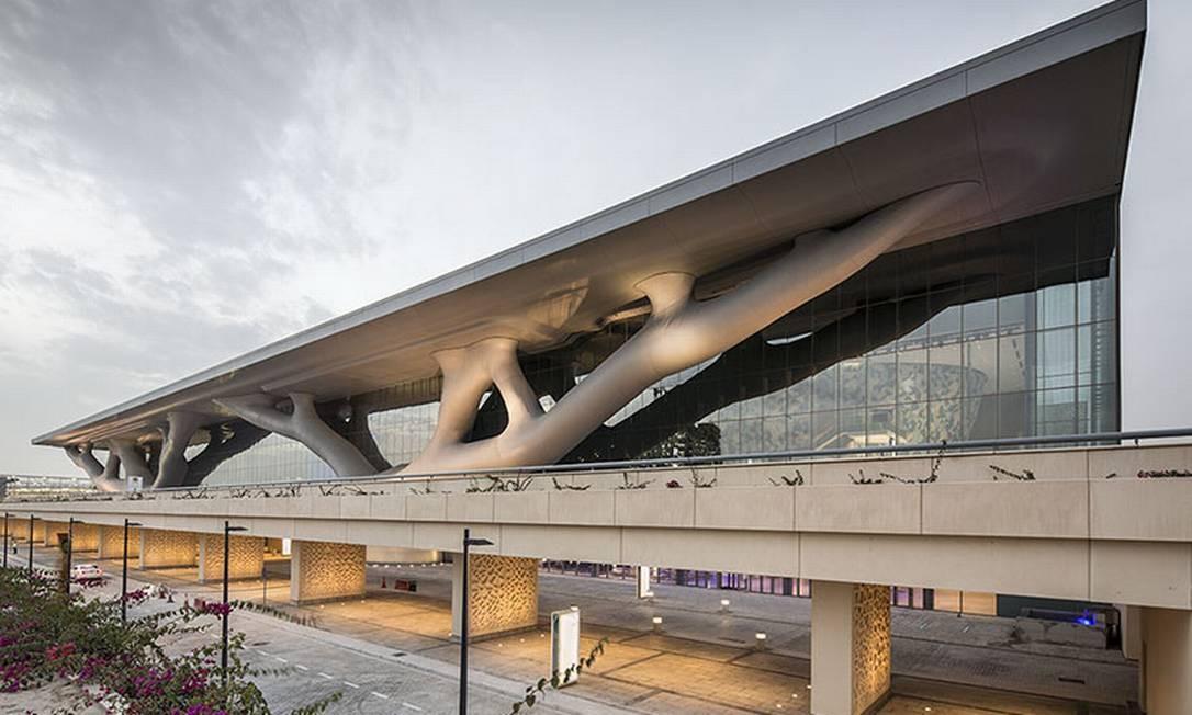 O Centro Nacional de Convençõs do Qatar, projeto de Arata Isozaki Foto: Nelson Garrido / Divulgação