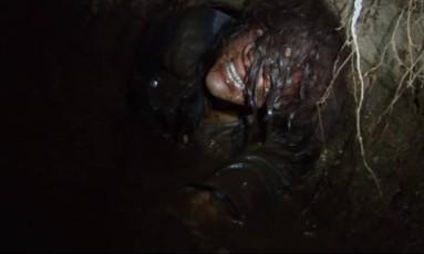 Em novo filme sobre a lenda da Bruxa de Blair, jovens se perdem na floresta Foto: Reprodução