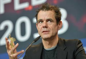 Tom Tykwer opinou sobre discussões de assédio na abertura do festival Foto: Stefanie Loos / AFP