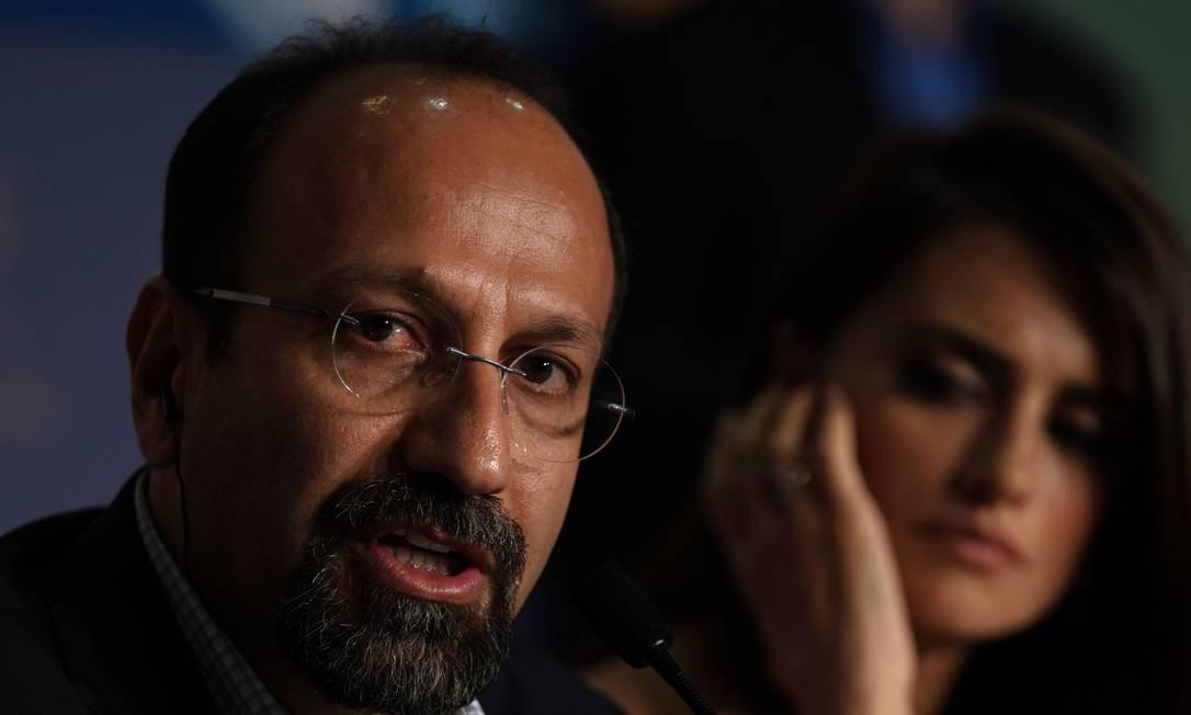 O diretor iraniano Asghar Farhadi durante a coletiva de imprensa sobre o filme