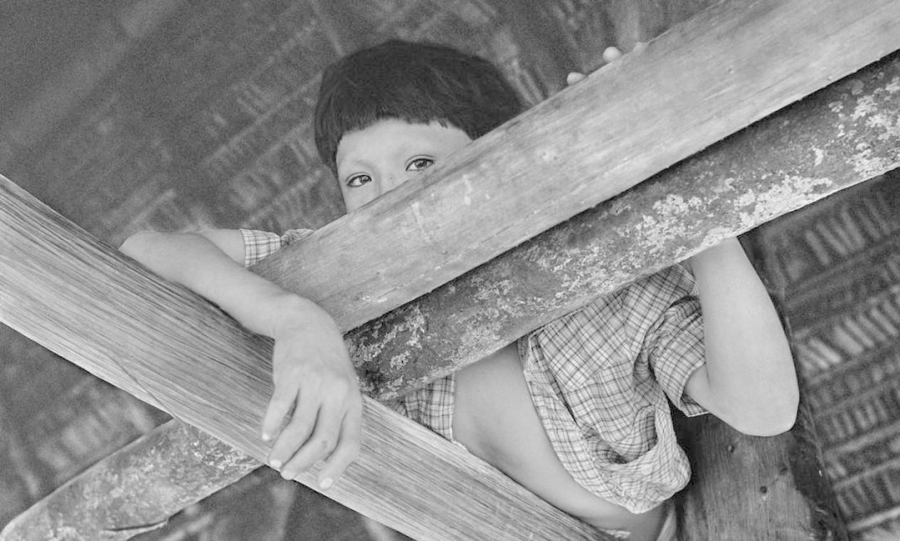 Yuruawï-do no jirau da casa de farinha. Aldeia do médio Ipixuna, 1982. Foto: Divulgação/Eduardo Viveiros de Castro