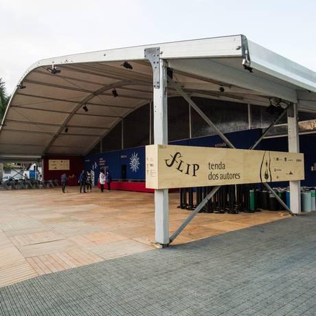 Preparativos para a festa de 2016, com Tenda dos Autores Foto: Bárbara Lopes / Agência O Globo