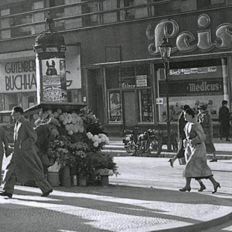 Imagem de Berlim na década de 1930, onde Frenkel tinha sua livraria Foto: Divulgação
