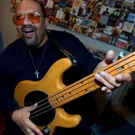 O baixista americano morreu aos 60 anos de idade Foto: Reprodução do Facebook