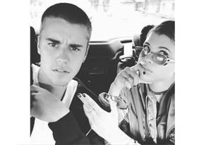 O casal Justin Bieber e Sophie Ritchie Foto: Reprodução / Instagram