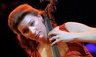 Ophélie Gaillard encontrou instrumento após ligação anônima Foto: Pierre Verdy / AFP