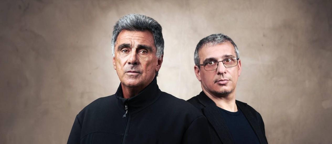O brasileiro Guinga e o italiano Gabriele Mirabassi Foto: Manfred Pollert / Divulgação