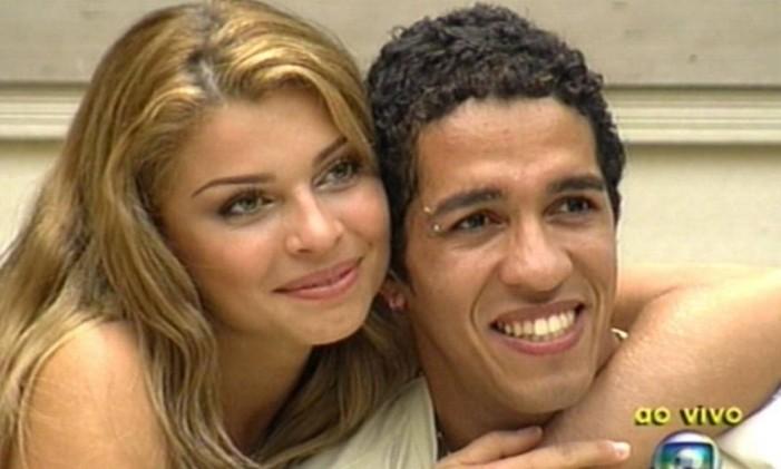 "Grazi Massafera e Jean Wyllys na final do ""BBB 5"" Foto: TV Globo / Divulgação"