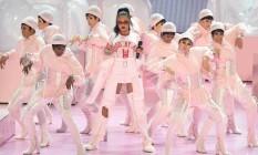 Performance de Rihanna no palco do Video Music Awards Foto: Michael loccisano / AFP