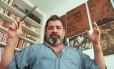 O dramaturgo em 1998, um ano antes de sua morte Foto: Sérgio Andrade / Acervo O Globo/11-3-1998