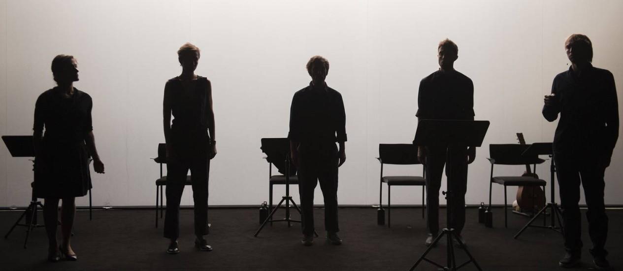 """O espetáculo """"Suíte nº2"""", do francês Joris Lacoste, fará a abertura da MITsp 2018, no Auditório Ibirapuera, nos dias 1, 2 e 3 de março Foto: Bea Borgers / Divulgação"""