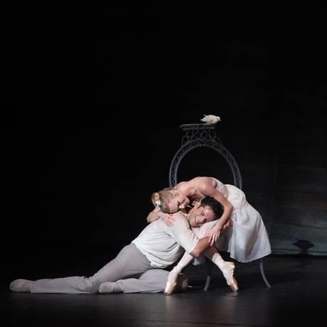 """O brasileiro dançará o pas de deux """"The two pigeons"""" em agosto Foto: Frank Atura / Divulgação/Sarasota Ballet"""