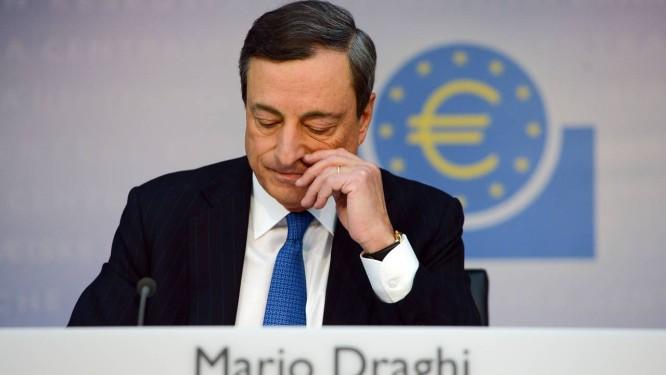 O presidente do Banco Central Europeu (BCE), Mario Draghi Foto: ARNE DEDERT / AFP