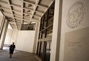 Sede do Fundo Monetário Internacional em Washington Foto: JOSHUA ROBERTS / BLOOMBERG NEWS