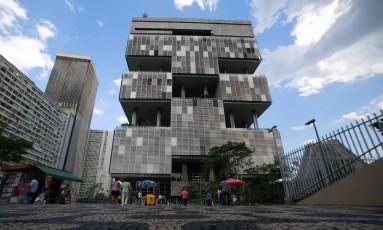 Sede da Petrobras na Av Chile, centro do Rio de Janeiro Foto: Pedro Kirilos / Agência O Globo
